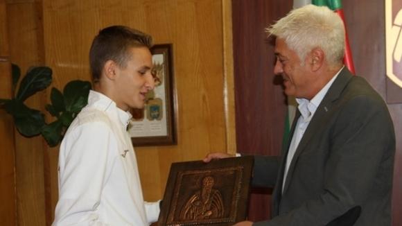 Кметът на Дупница прие световен шампион