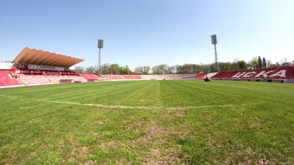 """Защо търгът за """"Армията"""" е от стратегическо значение за БГ футбол и важен за цяла България"""
