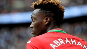 Убеждават младежки национал на Англия да играе за Нигерия