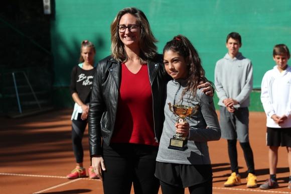 Мери Пиърс и Дейвид Хагърти наградиха шампионите на детския Мастърс
