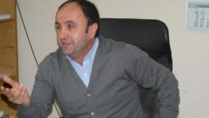 Приеха оставката на забъркалия се в скандал Ангел Стоянов
