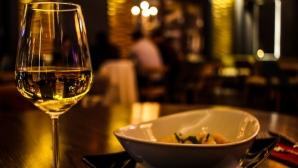 Как да изберем перфектното вино + сирене за довечера?