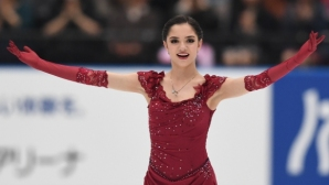 Чен спечели на старта на сезона в Москва, Медведева бе №1 при дамите