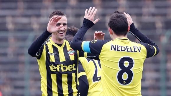 Ботев (Пловдив) се измъкна в невероятен трилър със седем гола в София (видео)