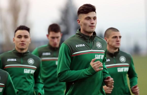 Младежите тренираха в Стара Загора преди мача с Черна гора