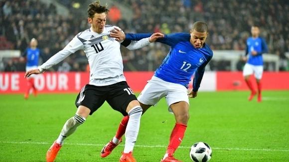 Франция изпусна победата в Кьолн в последната секунда (видео)