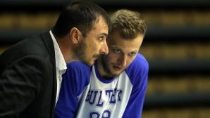 Асен Николов остава треньор на Академик Бултекс