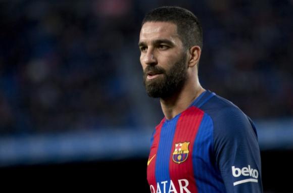 Арда иска да се махне от Барселона