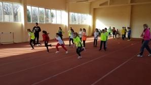 """Над 160 деца се включиха в състезанията по лека атлетика в """"Ученическа купа Варна"""""""