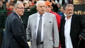 Почетният президент на Аякс с голям жест към легендарния Христо Бонев (снимка)