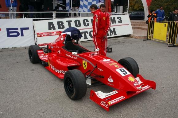 """Болид от GP2 пристига в Бургас за наградите """"Спортист на годината"""""""