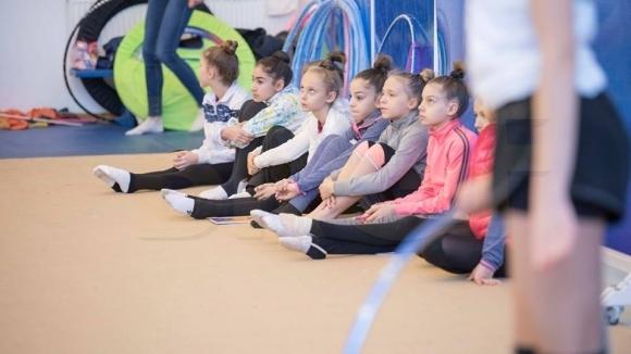 Резултат с изображение за тест на състезателки по художествена гимнастика