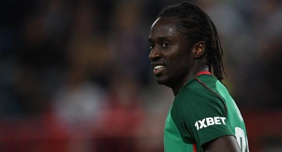 Героят от финала на Евро 2016 се връща в Лил