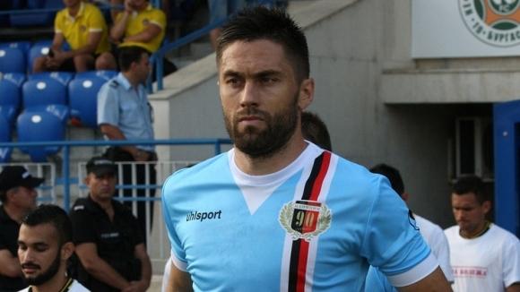 Акрапович изгони капитана и най-опитния защитник на Локо (Пловдив)