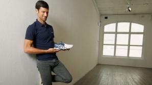 """Джокович смени """"партньора"""" си за спортните обувки"""