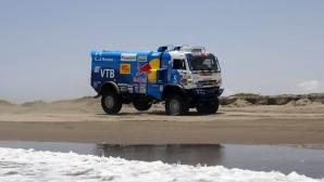 Руската синя армада триумфира на рали Дакар