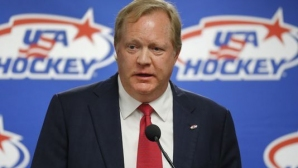 Трагедия  в хокейния отбор на САЩ дни преди Олимпийските игри в ПьонЧанг