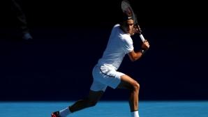 Роджър Федерер се движи по план