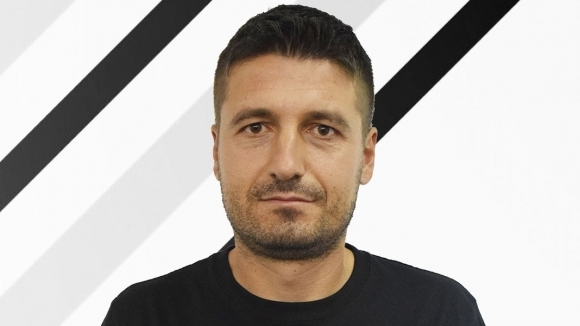 Локомотив (Пловдив) изгони директор и назначи нов, който е учил от Аякс и Ювентус