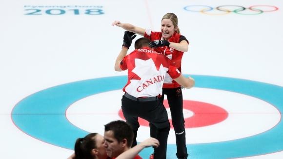 Канада спечели първия златен медал по кърлинг за смесени отбори (видео)