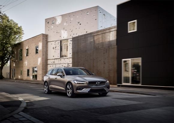Volvo V60 отпразнува световната си премиера (снимки и видео)