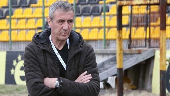 Кайзера пред Sportal.bg: Допускаме елементарни грешки (видео)