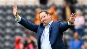 Леонид Слуцки поема отбор от холандския елит