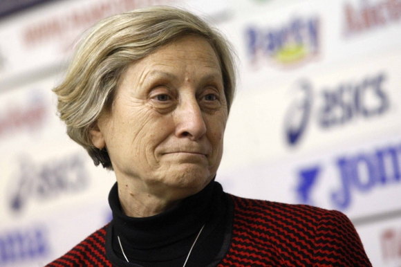 Скандалът продължава: Нешка Робева отговори на БФХГ