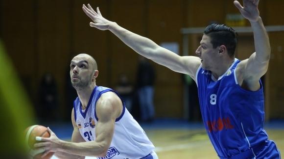 Цветослав Острев: Направихме си генерални изводи от двубоя с Левски Лукойл