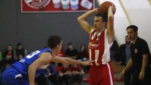 Новият Левски забавя връщането на ЦСКА