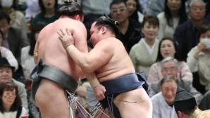 Аоияма допусна втора загуба на турнира в Осака