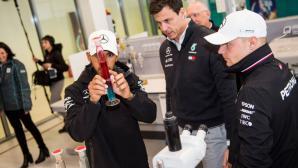 Хамилтън може да напусне Мерцедес и да иде във Ферари