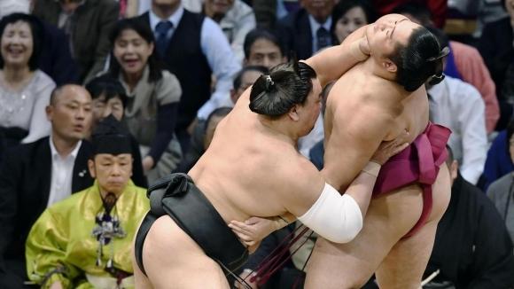 Нова победа за Аоияма