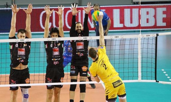 Супер Цецо Соколов със 17 точки, Лубе без проблеми напред в ШЛ (видео)