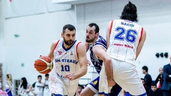 Маринов помогна на Стяуа за успех у дома