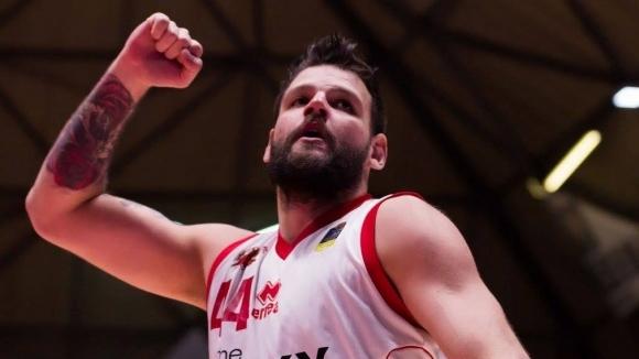 Блестящ Деян Иванов за победа на Пистоя