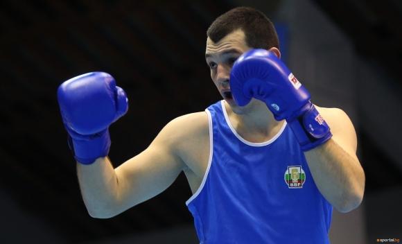 Победа и загуба на българските боксьори в първата сесия