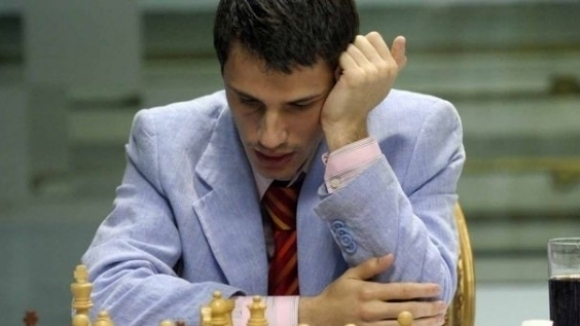 Чепаринов остава на половин точка от върха в класирането на европейското
