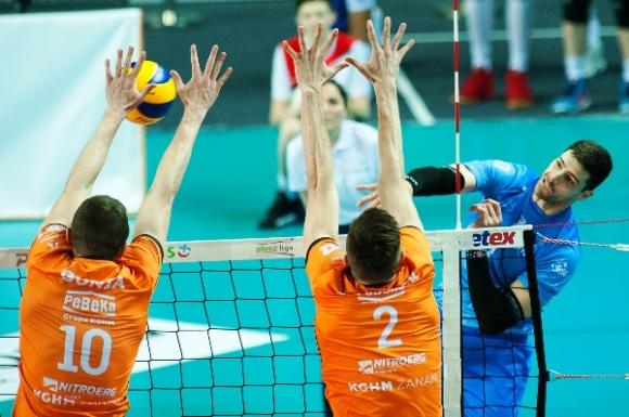 Супер Методи Ананиев с 19 точки, Бидгошч с ценна победа в Полша