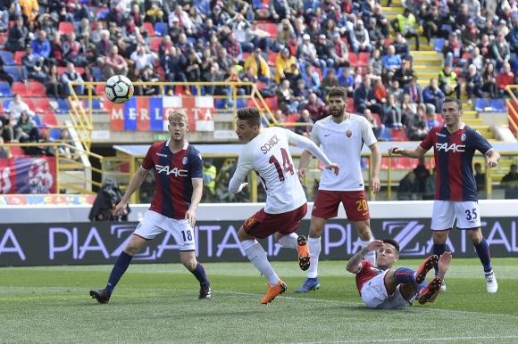 """Рома сгреши преди мача с Барса, важен играч на """"вълците"""" се контузи (видео)"""