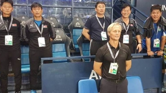 Треньорът на националния отбор на Северна Корея напуска поста си