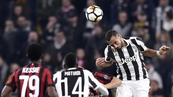 Бенатия след успеха над Милан: Има да изминем дълъг път до титлата