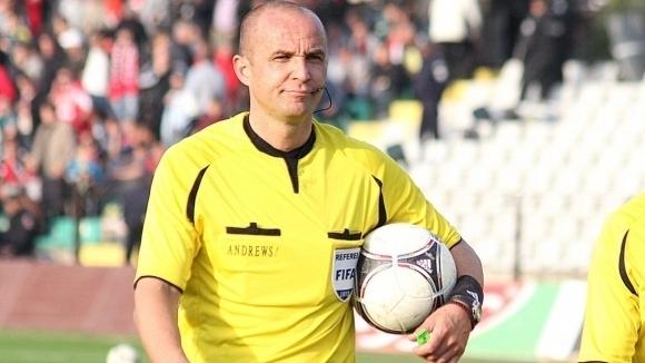 Обявиха кой ще ръководи Лудогорец - ЦСКА-София