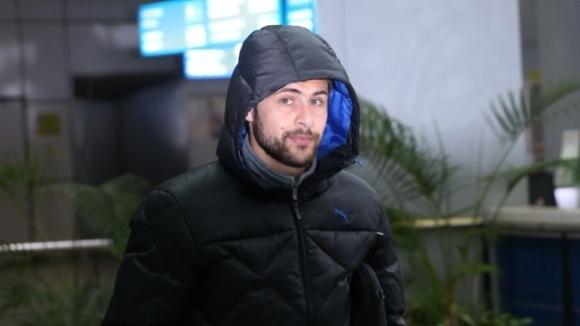 Цецо Генков не тренира с Локо (Сф), още не е картотекиран