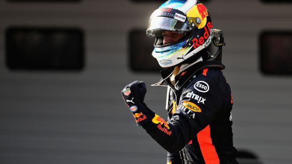 Даниел Рикардо изненада фаворитите Ферари и Мерцедес с победа в ГП на Китай