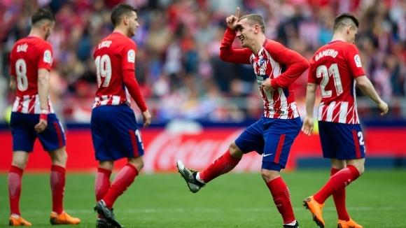 Атлетико продължи победния си ход у дома, Ел Ниньо завъртя 100 гола