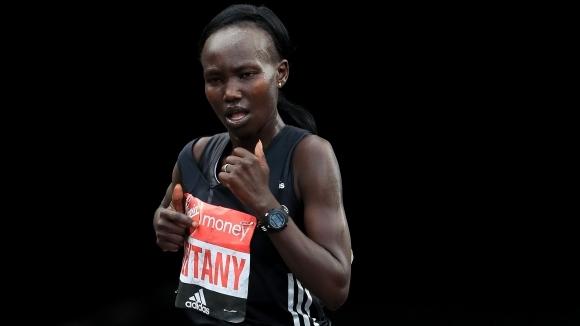 Мери Кейтани атакува световния рекорд на маратона в Лондон