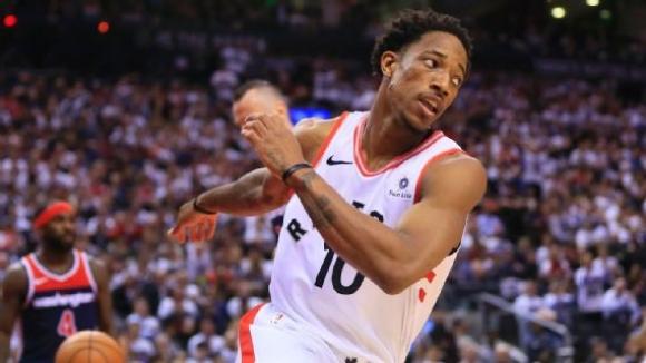 ДеМар ДеРоузан блесна с 37 точки при втората победа на Торонто над Вашингтон