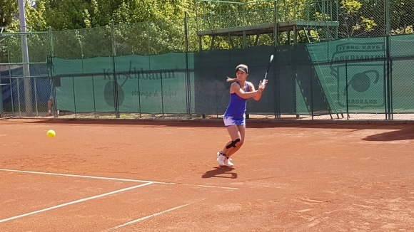 Топалова загуби финала в Пловдив