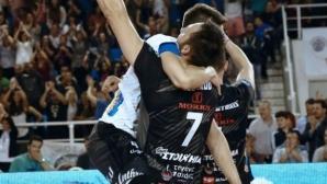 Учиков - Алексиев 20:20! ПАОК на финал за Купата на Гърция